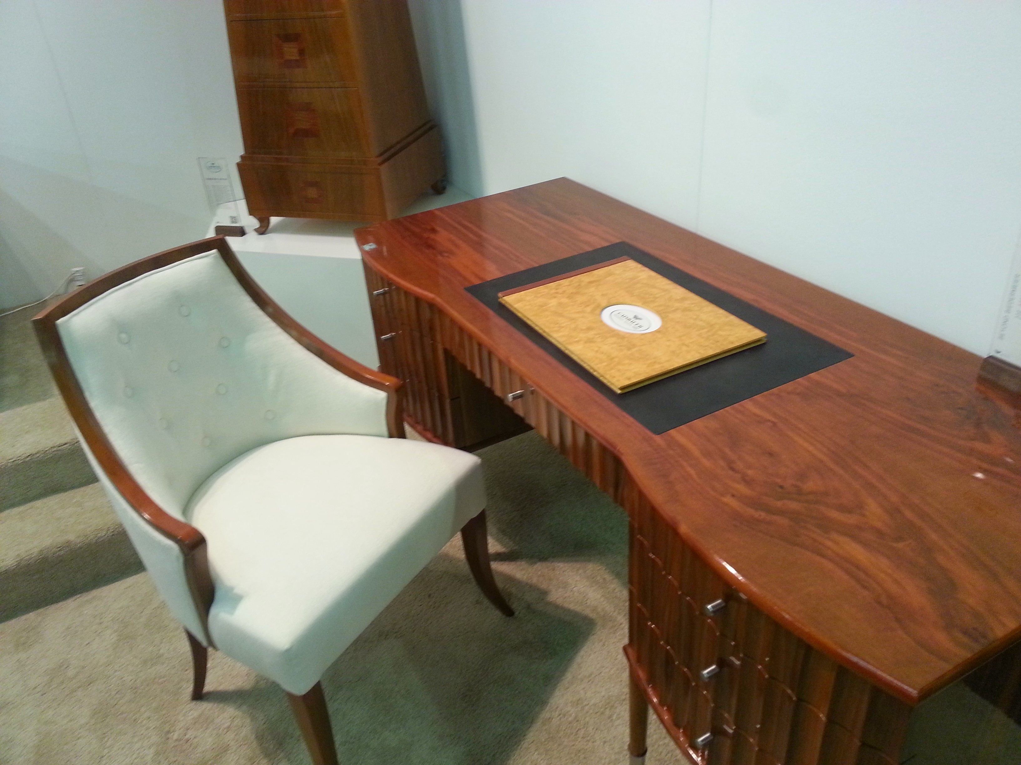 Hollywood Writing Desk with Ladies Club Chair